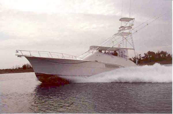 Custom Hatteras Yachts - YachtForums.