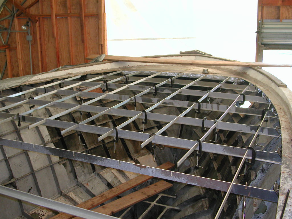 060907 foredeck clamp-up 4.JPG