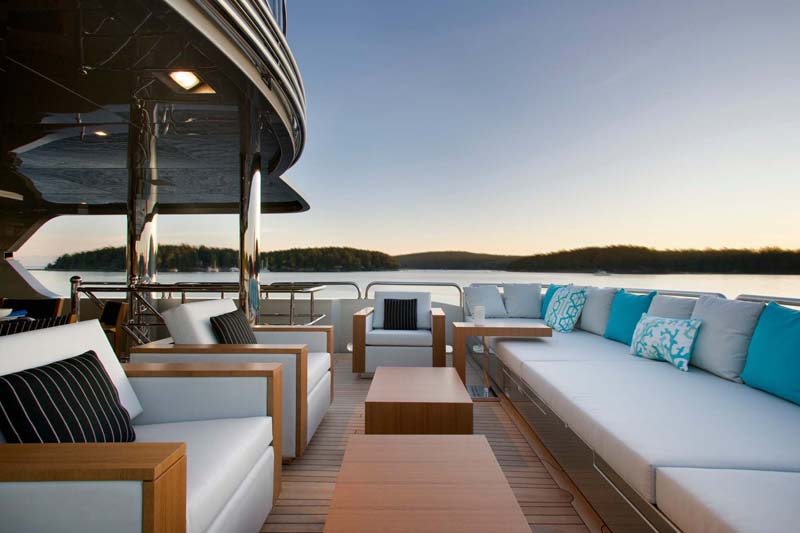 Luxury Yacht Deck Furniture Ideas