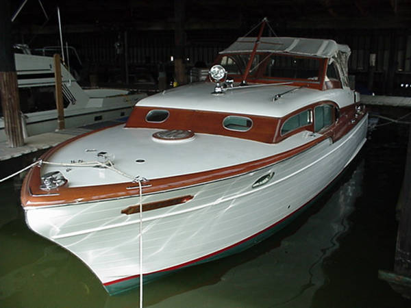 1958 33 Chris Craft Commander Technical Discussion