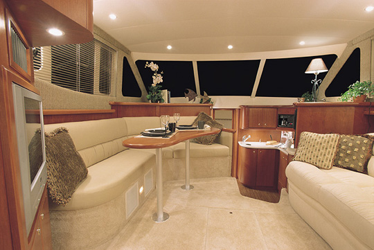 34' Silverton Convertable, Salon... Attached Images