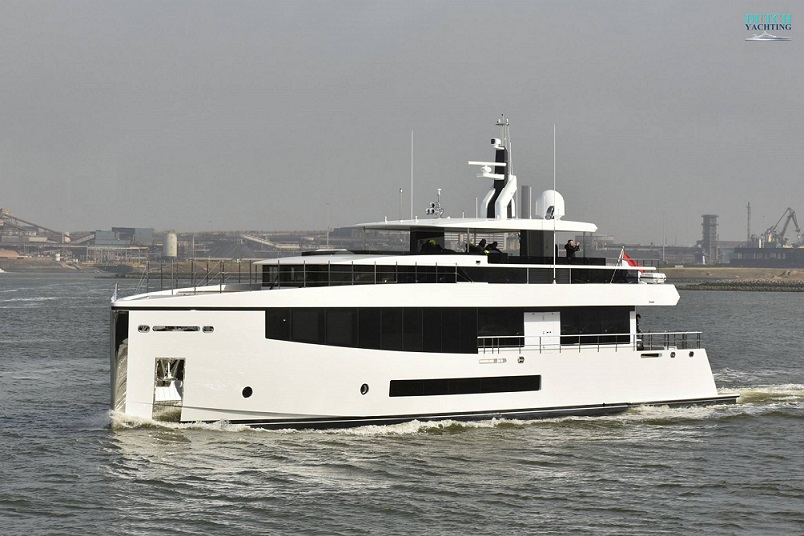 34M Feadship Letani Launched.jpg