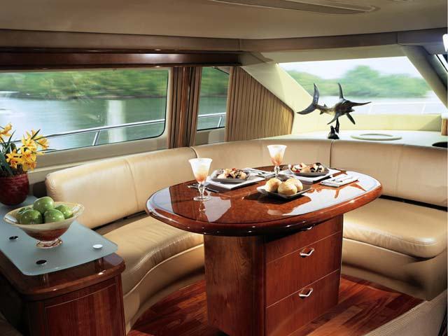 550 Sea Ray Sedan Bridge; Dinette... Attached Images