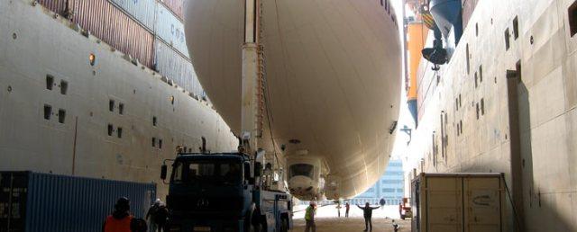 6 Combi-Dock with zeppelin.jpg