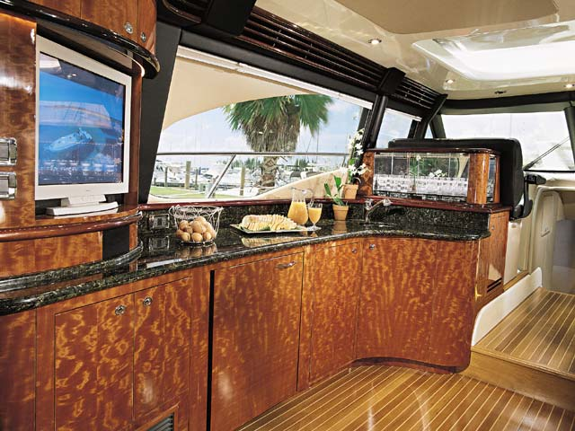 Sea Ray 680 Express Yacht; Wetbar... Attached Images