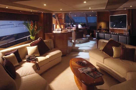 Review: Sunseeker 75 Yacht - YachtForums.