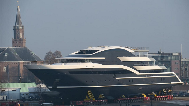 90M OceAnco Y717 Rolled Out (1).jpg