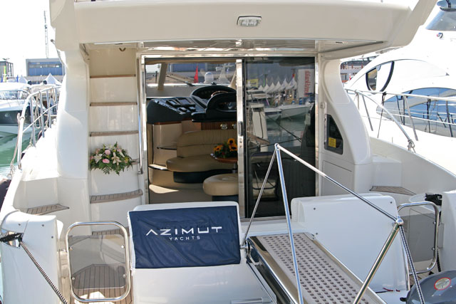pic 35 - AZIMUT 46? Attached Images