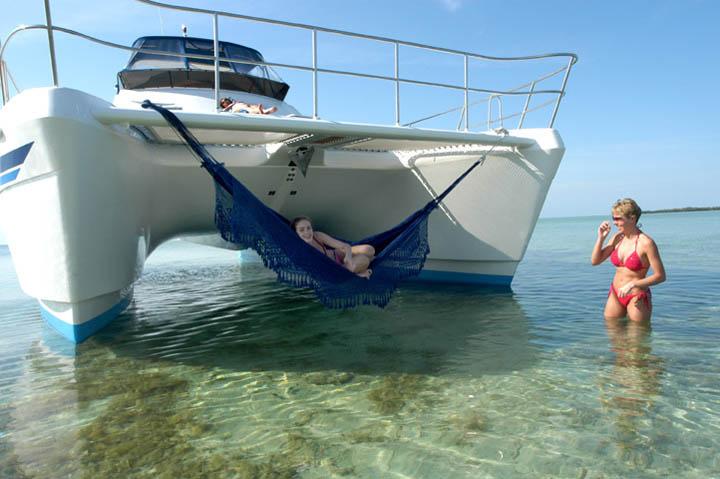 Review Africat 420 Catamaran Africat Yacht