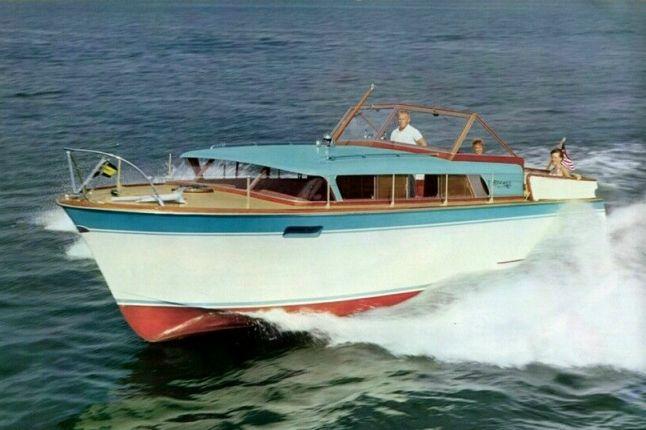 Chris-Craft Era - Roamer Boat Division (1956-79) Riviera/Express 31'