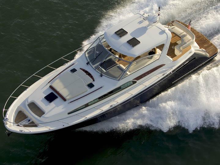 57' Chris-Craft Roamer Yacht Images