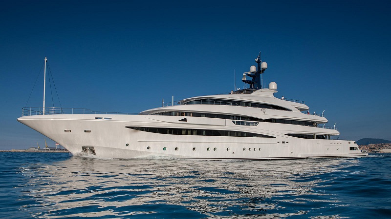 CRN Delivers Superyacht Cloud 9.jpg