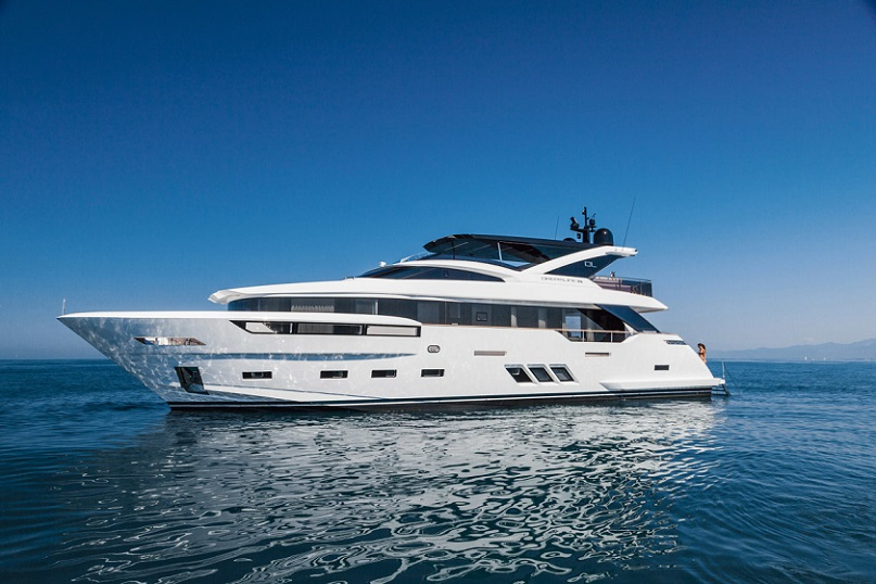 Dreamline Yachts Launch 4th DL26.jpg