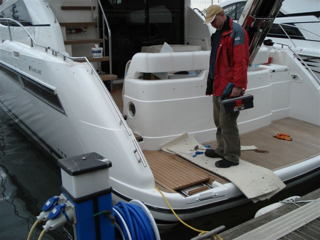 Pictures of My Fairline Phantom 48 - YachtForums.