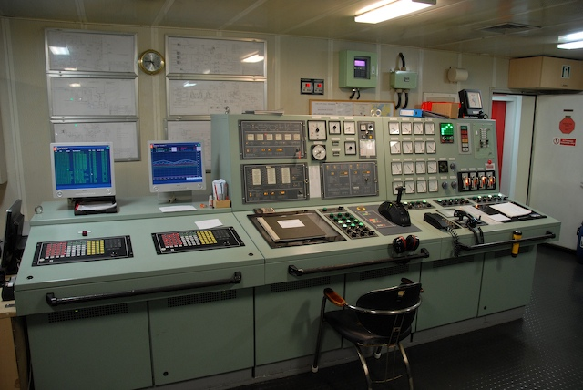 Name:  engine control room.jpg