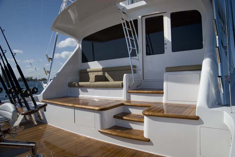 Viking's signature stringer system, which runs the length of the yacht, ...
