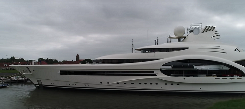 Feadship Launches 110M XL1007 (2).png
