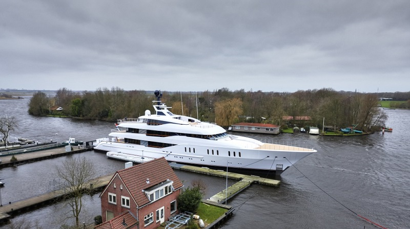 Feadship Launches 66.25M Vanish (3).jpg