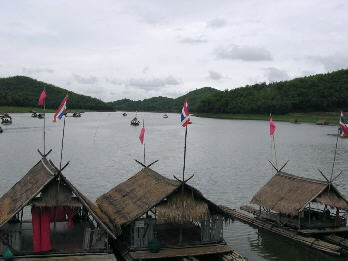 14764-bali-thai-style-houseboat-img_1499.jpg?d=1159098849