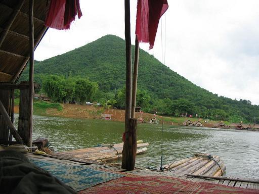 39813-bali-thai-style-houseboat-img_1517a.jpg?d=1279381148