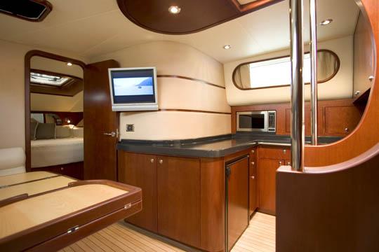 The NEW Chris Craft Roamer 40' - YachtForums.