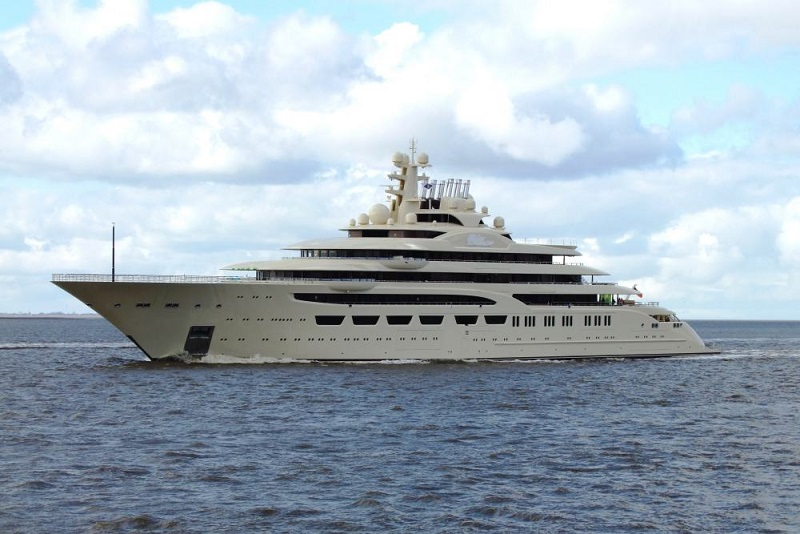 Lurssen Delivers 156M Superyacht Dilbar (2).jpg