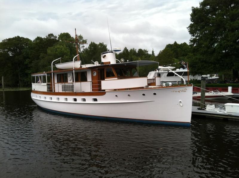 Trumpy Yacht Eleanor