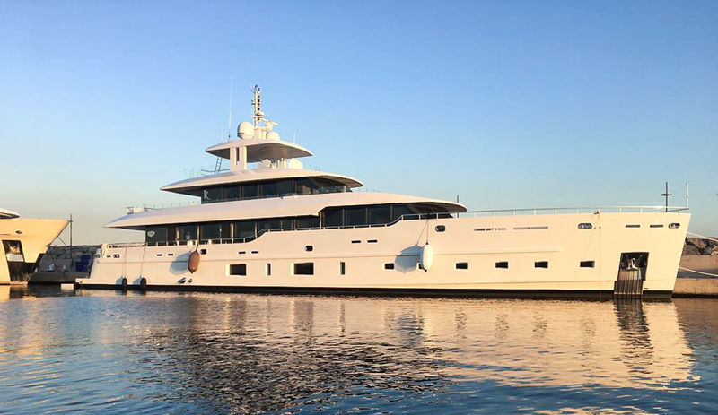 SES Yachts Deliver 42M K to owners.jpg