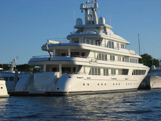 Motor yacht utopia for Imperial motors virginia beach va