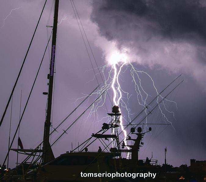 YF - Lightning PH DSC_0511.jpg